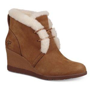 UGG Jeovana Waterproof Wool Lined Boot Size 8